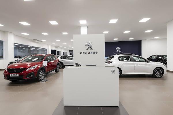 Nova concessionária Peugeot na Vila Mariana, em SP