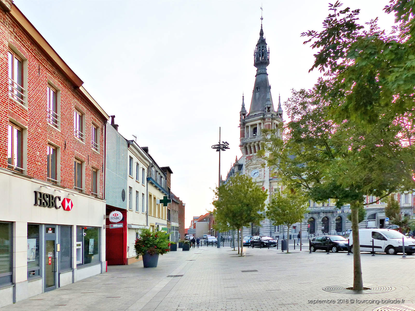 Banque HSBC Tourcoing et Beffroi.