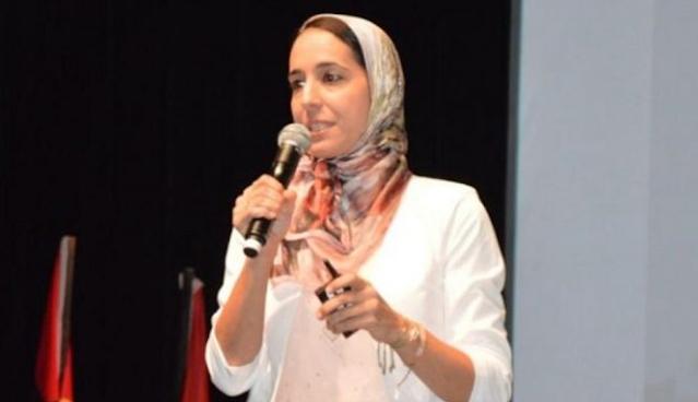 """الأكاديمية المغربية هاجر مصنف الفائزة بالجائزة الأولى لـ """"تكنولوجيا المرأة"""""""