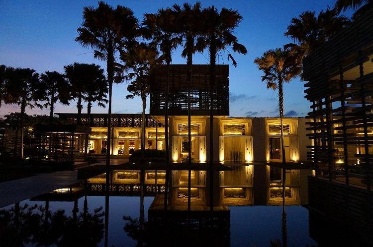 Euriental | fashion & luxury travel | Alila Villas Uluwatu, view of the pool