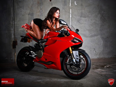 Ducati 899 Panigale Red Edition with Girl pics