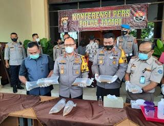 Jajaran Wilayah Hukum Polda Jambi  Berhasil  Mengamankan Penyelundupan 27 Box Baby Lobster.