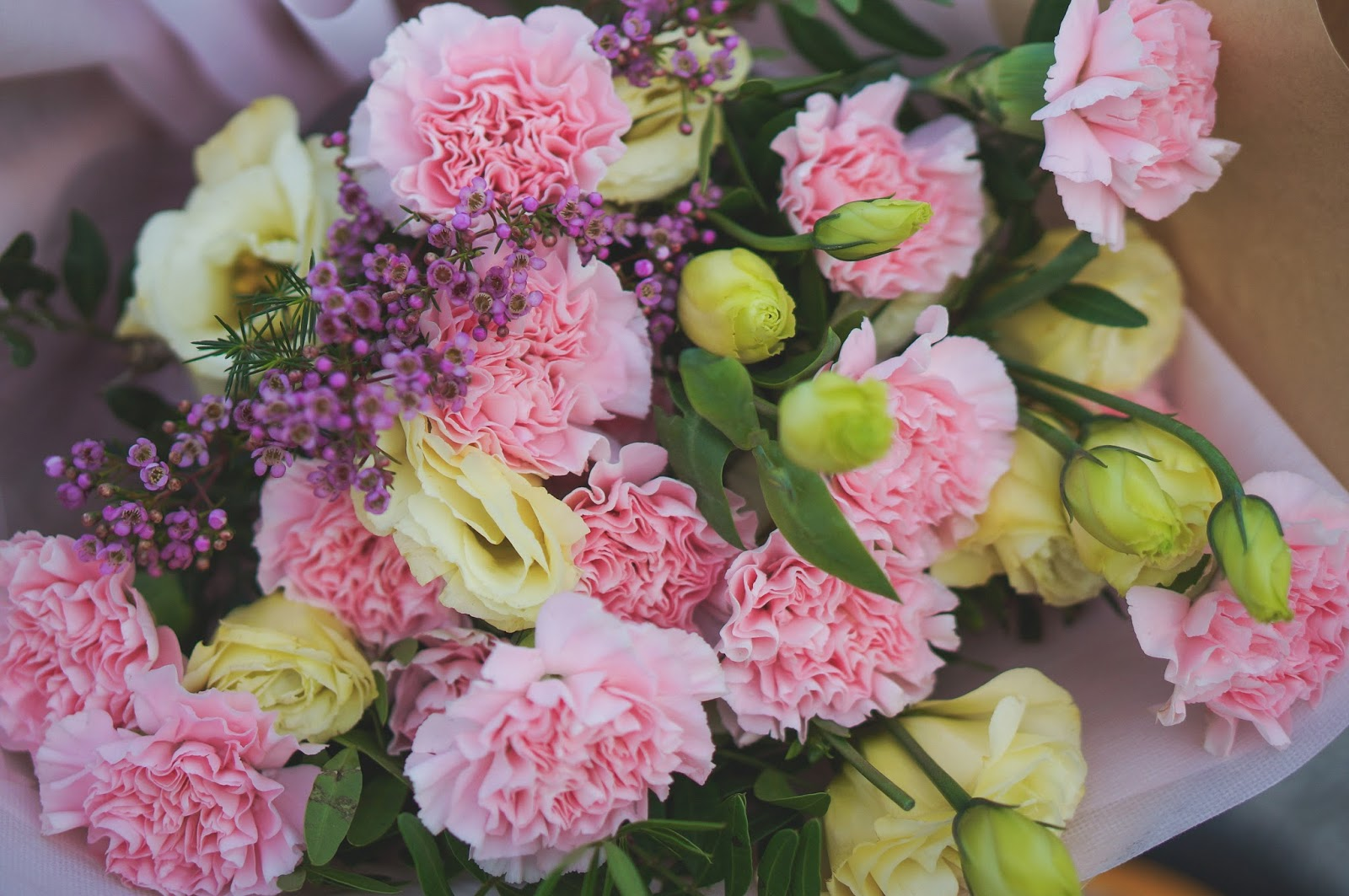 Floral Garage Singapores Premium Freestyle Bouquet Pink Carnation