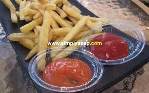 Kentang Goreng (french fries)