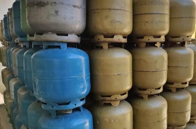 Em plena pandemia Petrobras anuncia aumento de 5% no preço do gás de cozinha
