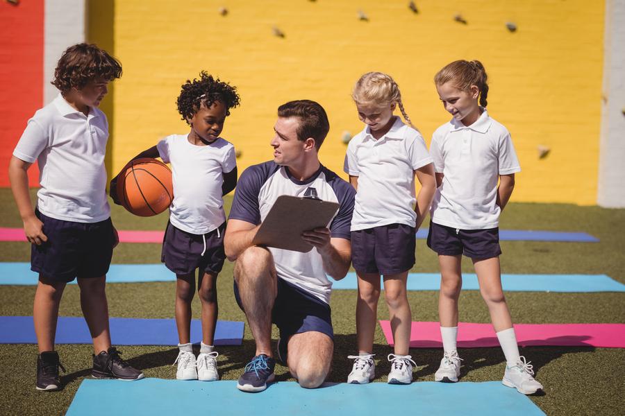 Proposta prevê diploma obrigatório para professores de educação física