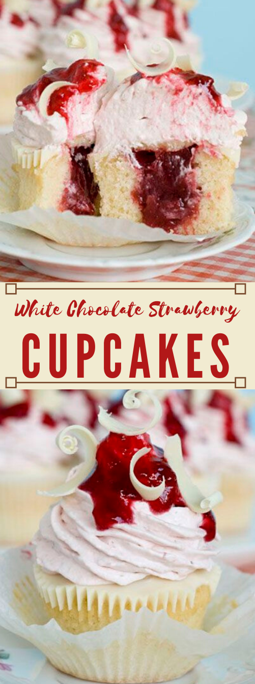 White Chocolate Strawberry Cupcakes #desserts #chocolate #cupcakes #latte #pumpkin
