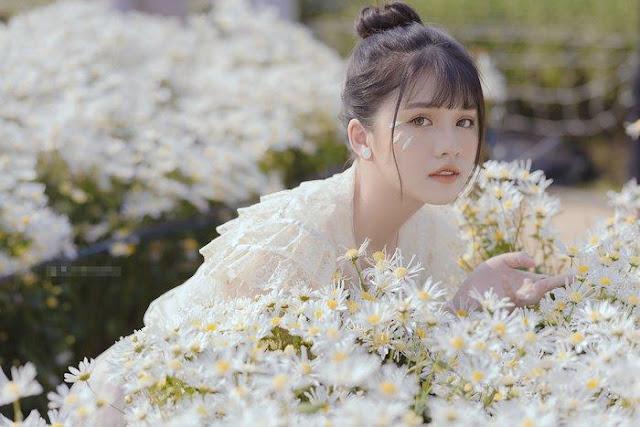"""Hoa khôi thể thao Khánh Huyền tung bộ ảnh """"thanh xuân"""" đầy mộng mơ"""