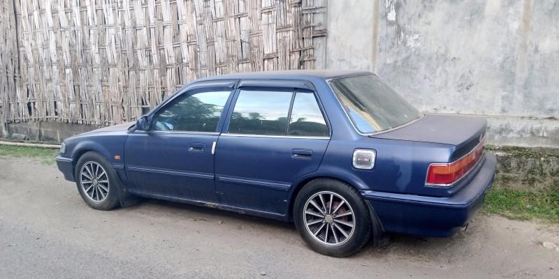mobil sedan bekas murah grand civic biru