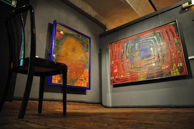 hundertwasser-museum-paintings