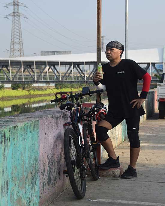 Bersepeda menjadi aktivitasku yang rutin kulakukan. (Dokpri)