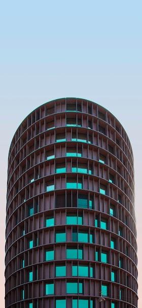 خلفية برج النوافذ الزجاجية الخضراء كحلي اللون