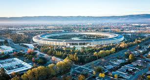 obsesi dan cita-cita akan adanya Silicon Valley versi Indonesia, kini semakin menjadi nyata. Bukit Algoritma (Algoritma Valley) merupakan Silicon Valley di Indonesia dan tentu, versi Indonesia. Proyek ini tengah hangat menjadi perbincangan di kalangan para pejabat dalam negeri. Sebuah megaproyek dengan anggaran fantastis hingga mencapai kisaran 1 miliar euro atau setara dengan hampir Rp 18 triliun. Megaproyek ini rencananya akan segera dimulai pembangunannya di daerah Cikadang dan Cibadak, Sukabumi.
