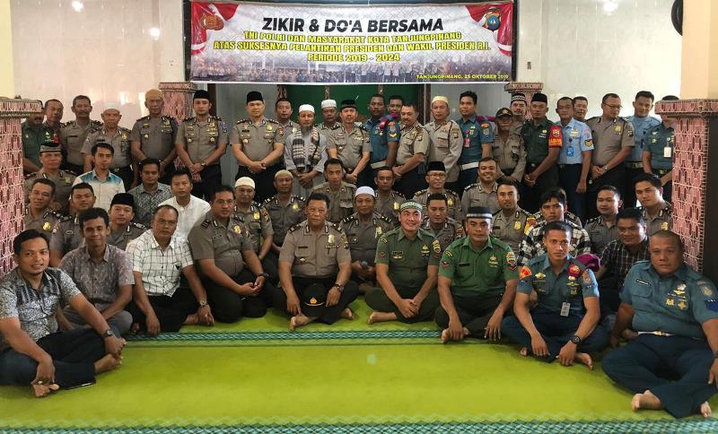 Polres Tanjungpinang dan TNI Gelar Zikir dan Doa Bersama Wujud Pelantikan Presiden Kondusif