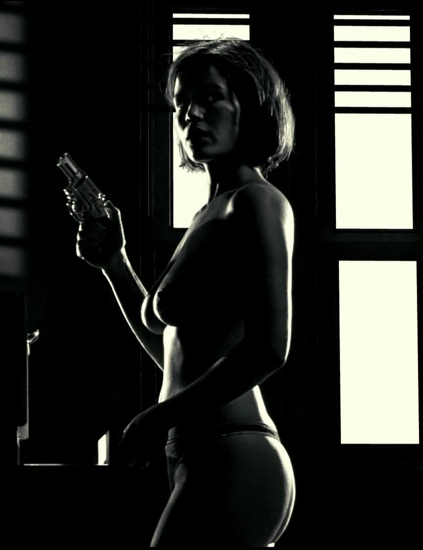 The Great Carla Gugino Grits Her Way Through The Oddly Chatty Gerald's Game