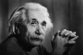 Kata - Kata Motivasi Dan Inspirasi Bijak Albert Einstein,Kata, Motivasi, Bijak, Inspirasi,