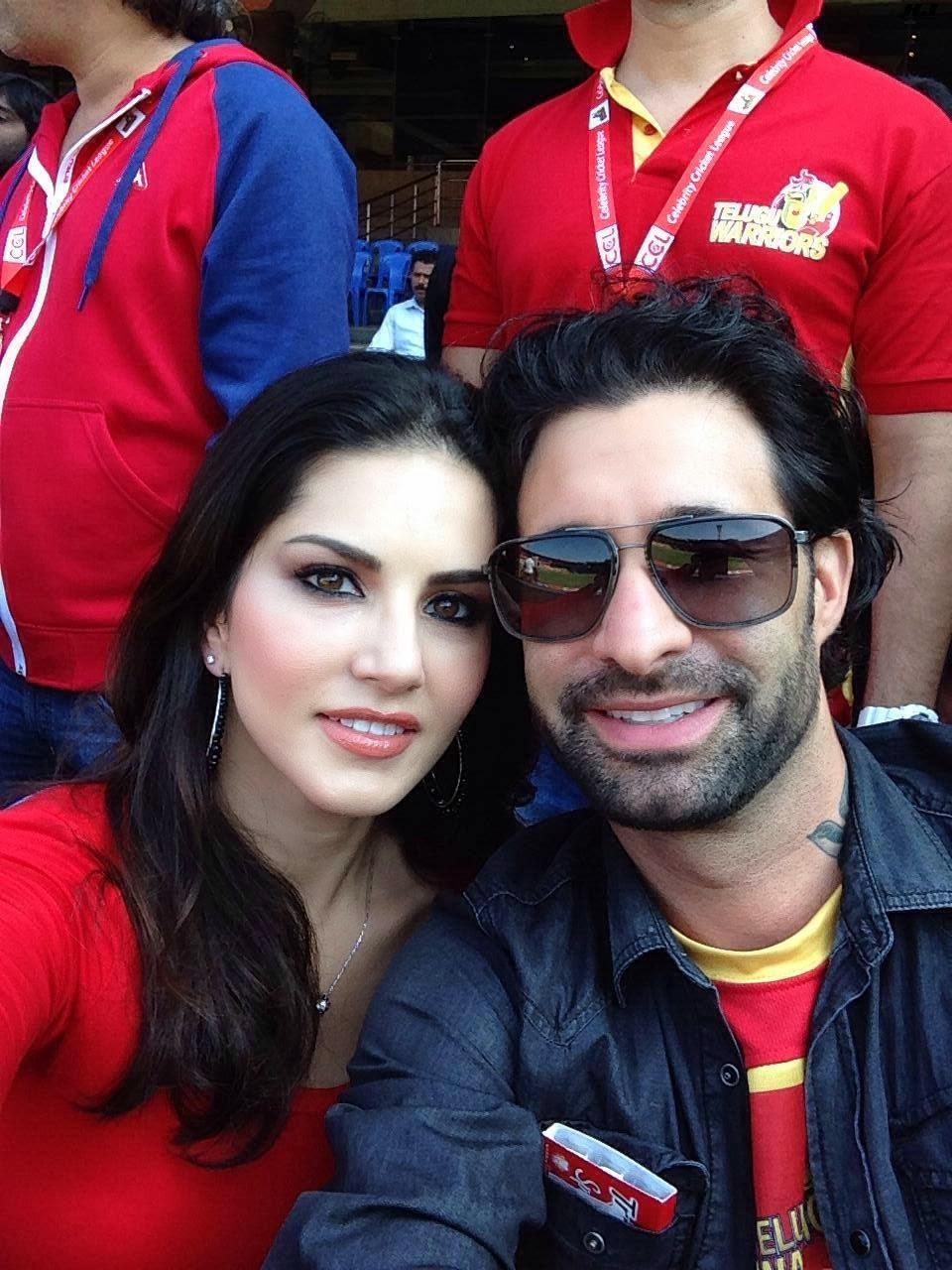 Sunny Leone Hot Photoshots With Her Husband - Hot Images-9082