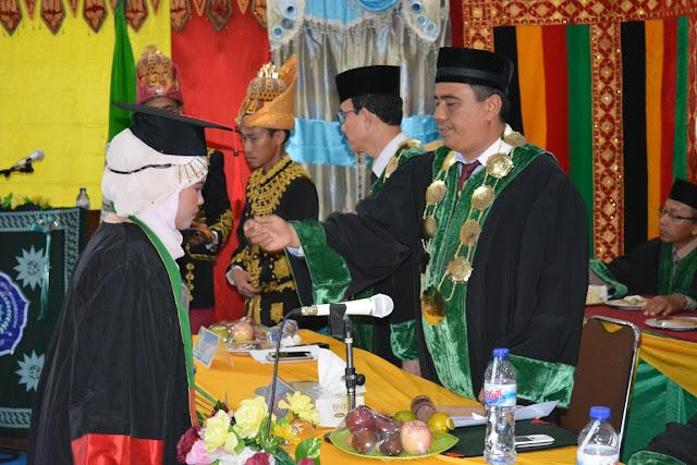 73 Sarjana STIT Muhammadiyah Abdya di Wisuda