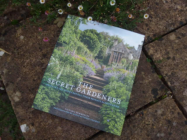 The Secret Gardeners book cover