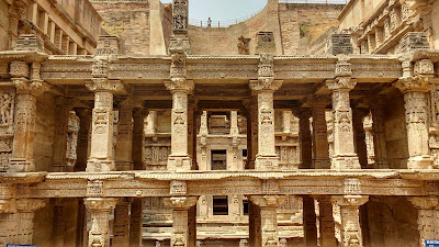 http://oneoftheroad.blogspot.com/2016/09/the-queen-of-step-wells-rani-ki-vav-at.html