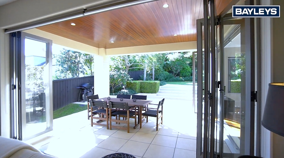 26 Interior Design Photos vs. 20 Kenny Rd, Remuera, Auckland Home Tour