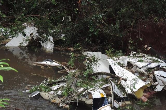 Queda de avião causa mortes entre Roncador e Mato Rico
