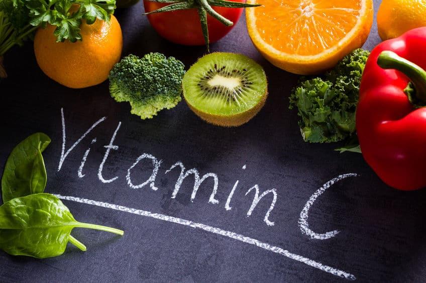 Vitamina C é fundamental para a prevenção de derrames e boa saúde cardíaca