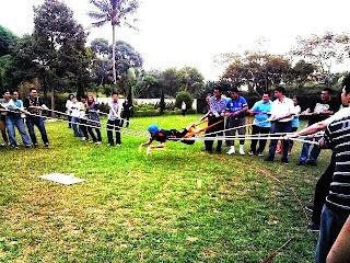 Team building Bogor, Paket Team Building, Paket Outbound di Bogor, Team building, Training, Adventure, leadership, Teamwork, camp, LDK, Meeting, Outbound training, Outing, Capacity Building, Character Building, Employee, Corporate, Company, Rekreasi, Rafting, Paintball, Outbound, di, Puncak, Bogor