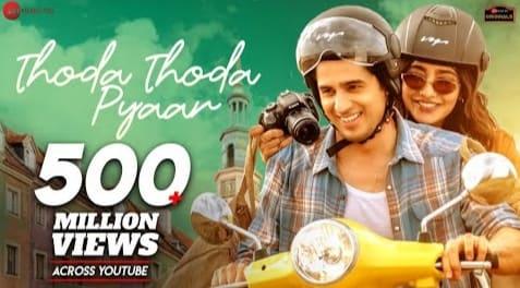 Thoda Thoda Pyaar Lyrics in Hindi - Stebin Ben