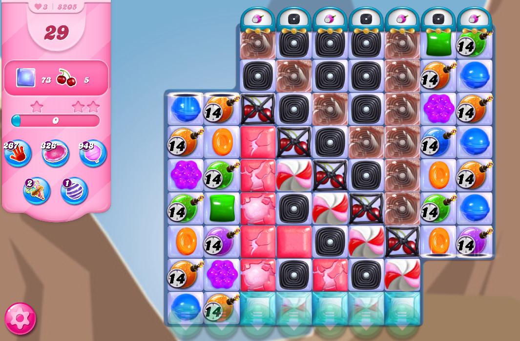 Candy Crush Saga level 8205