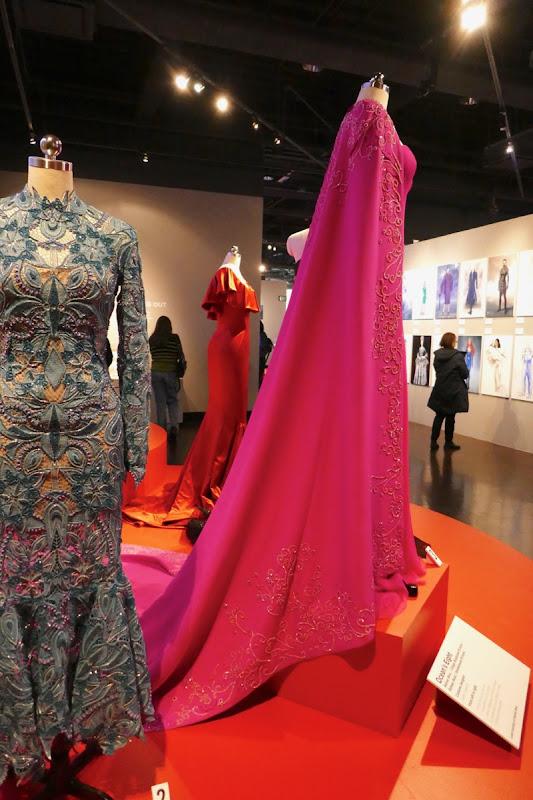 Anne Hathaway Oceans 8 Daphne Kluger Met Gala gown