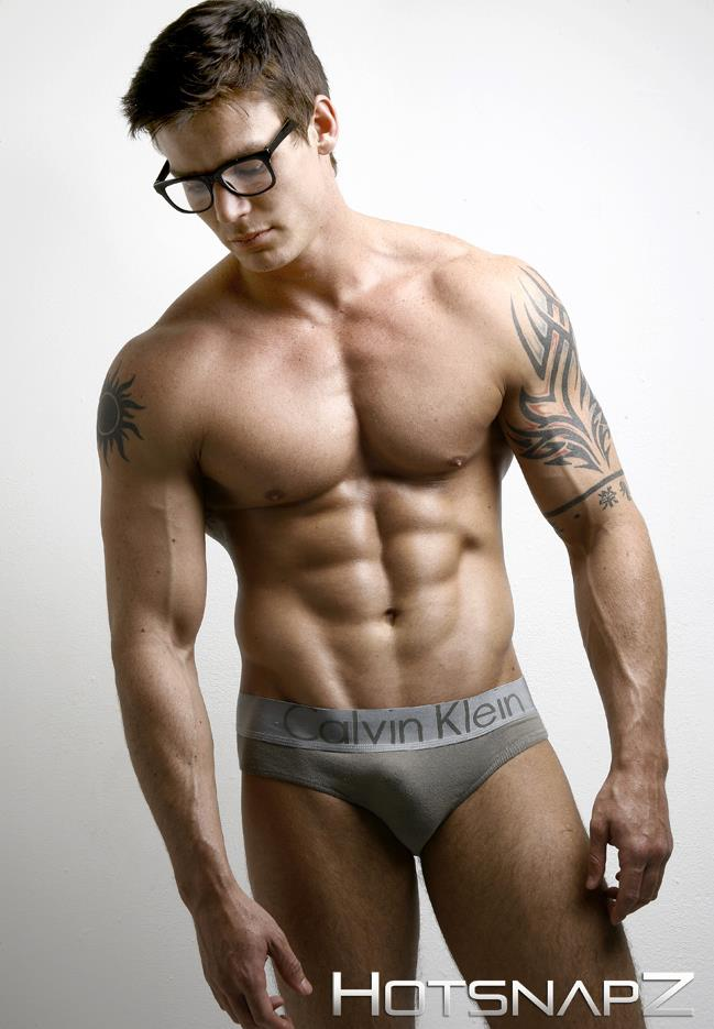 The following is a list of male underwear ragabjv.gq is not a complete list and includes men who have modeled underwear as well as fashion apparel from all over the world.