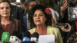 PGR arquiva notícia crime apresentada por Perpétua Almeida contra Bolsonaro e filhos por perfis fakes