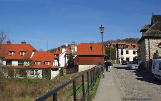 http://fotobabij.blogspot.com/2016/04/kazimierz-dolny-ul-krakowska-czerwone.html