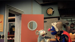 Super Grover 2.0 Wedge End is Up, mouse. Sesame Street Episode 4322 Rocco's Playdate season 43