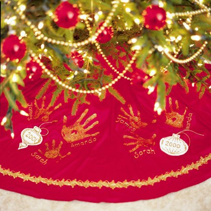 A Family Tree Skirt | Christmas Display Ideas