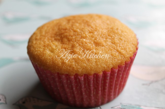 Crabapple Bakery Vanilla Cupcakes