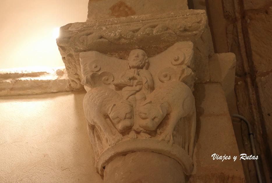 Capitel de la Iglesia de San Andrés de Gama