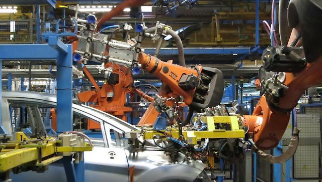 Image Attribute: Besuch bei Ford in Köln. Classic Cars und im Werk bei der Fiesta-Produktion / Source: Wikimedia Commons