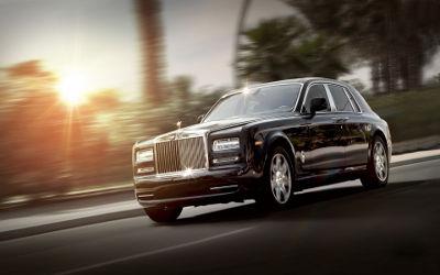 Rolls Royce Phantom Luxe Noire - Fond d'Écran en Full HD 1080p