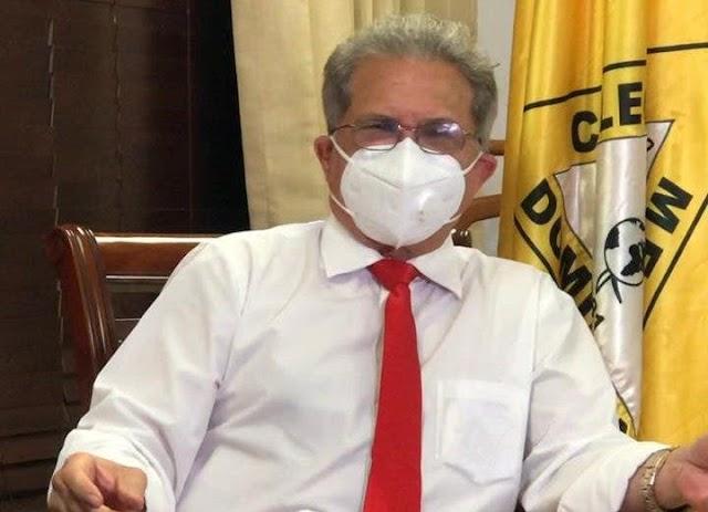 CMD repudia maltrato a médicos por militares y policías durante toque de queda