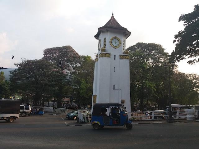 torre reloj kandy