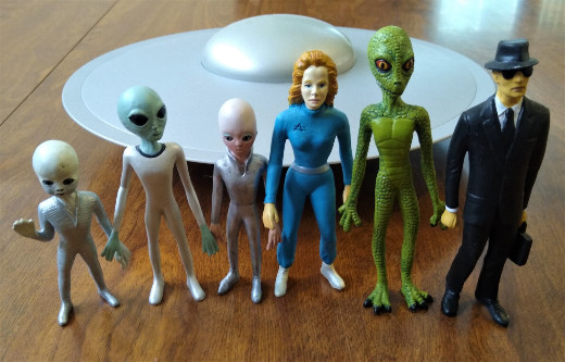 Shadowbox Collectibles' Alien series of figures