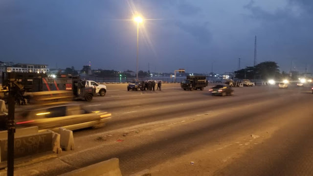 #Occupylekkitollgate: See pictures from Lekki toll gate this morning