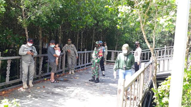 Petugas Gabungan TNI/Polri Bersama Satpol PP Terus Lakukan Operasi Yustisi Penegakan Disiplin Protokol Kesehatan