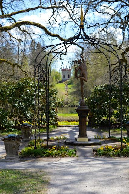 Blogiretki Länsi-Uudellemaalle, Mustion linna, puutarha