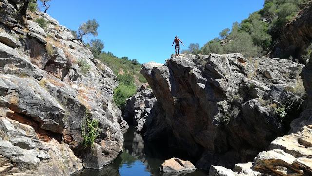 Zona de Saltos para a água no Pego das Pias