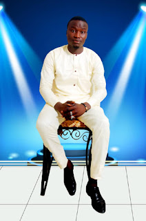 Hausa music ::   Salisu yaro mai waka sabuwar salisu yaro waka aure