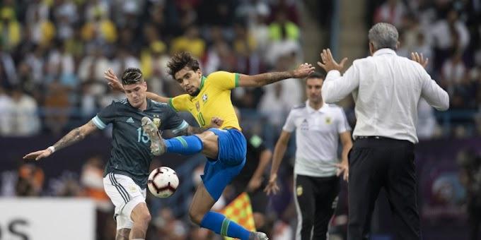 """Tite revela discussão com Messi: """"Ele me xingou e eu xinguei ele também"""""""