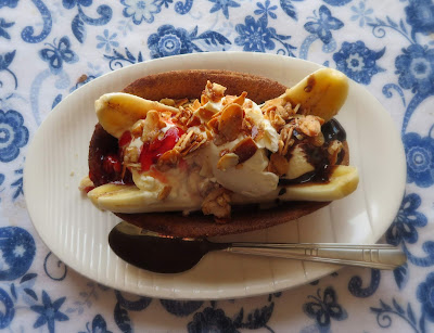 Churro Banana Splits